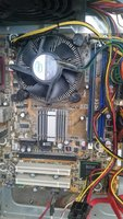 Used Intel dual core 3Ghz 64 bit with mother in Dubai, UAE