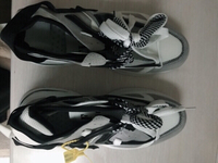 Used Unisex Running shoes size 42 in Dubai, UAE