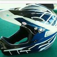 Used bell dirt bike helmet in Dubai, UAE