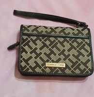 Used authentic Tommy Hilfiger small purse in Dubai, UAE
