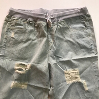 Used Jeans shorts 🩳 size xl (new) in Dubai, UAE