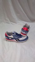 Used Authentic Reebok shoes size 33 new in Dubai, UAE