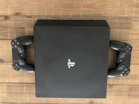 Used Sony Playstation 4 Pro 1TB 2 controllers in Dubai, UAE