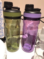 Used 2 protein shaker new+Typo travel mug in Dubai, UAE