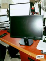 Used Monitor  PHILIPS 19 HWS $Finallllll in Dubai, UAE