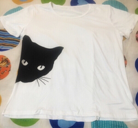 Used Cat printing T-shirt  in Dubai, UAE