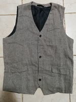 Used New fashionable men's vest size XL in Dubai, UAE