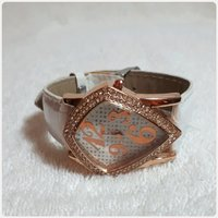 Used Fabulous white rose gold watch for lady in Dubai, UAE