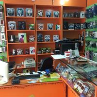 Used Mobile And Computer Accessories in Dubai, UAE