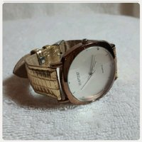 Used Hayuni watch for Lady in Dubai, UAE