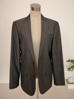 Used RIVER ISLAND MENS SUIT in Dubai, UAE