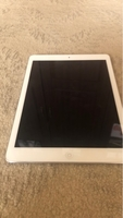 Used Ipad air 16gb good condition in Dubai, UAE