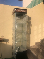 Used Glass display unit with lights/storage  in Dubai, UAE