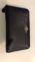 Used Gorgeous black leather Coach wallet in Dubai, UAE