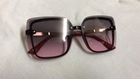 Used Sunglasses for women 1 in Dubai, UAE