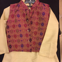 Used Sherwani 7 yrs Nehru jacket khadi  in Dubai, UAE