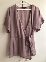 Used Wrap & Tie Top NEW LOOK size EU36 in Dubai, UAE