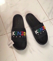 Used Kenzo slippers on foot size 42, new in Dubai, UAE