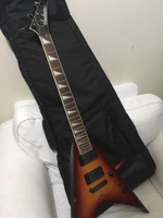 Used Jackson king v sunburst + amplifier in Dubai, UAE