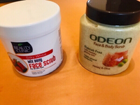 Used 2 face and body scrubs  in Dubai, UAE