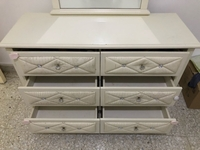 Used Leather upholstered Dressing Table in Dubai, UAE