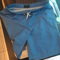Used TAHARI Sport size M in Dubai, UAE