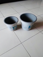 Used 2 pieces clay pot with good design in Dubai, UAE