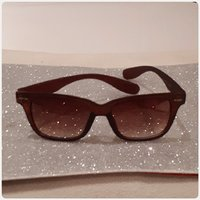 Brown and nice FITTINGS SUNGLASS