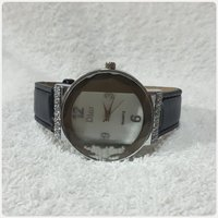 Used Dior Watch for lady.. in Dubai, UAE