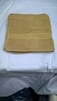 Used 6 pcs Bath towel 70*140 cms in Dubai, UAE