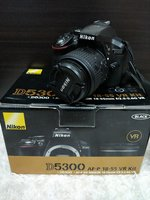 Used Nikon D5300 18-55mm lens and tripod in Dubai, UAE