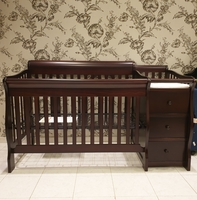 Used 4 in 1 convertible crib and baby changer in Dubai, UAE