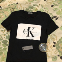 Authentic Calvin Klein Tshirt new