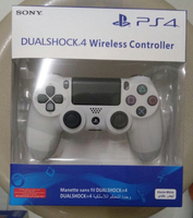 Used PS4 White Controller DualShock  in Dubai, UAE