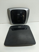 2 Cisco router bundle * no adapter*