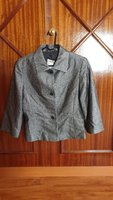 Used High quality jaket as new size 10 in Dubai, UAE