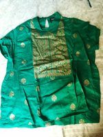 Green tunic with gold print. Cute Ethnic