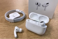 Used Generic Airpods pro 90% like original in Dubai, UAE