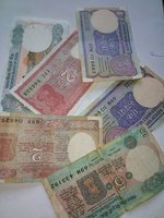 Used Old notes in Dubai, UAE