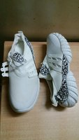 Used Men's sport running shoe WHITE 41S 255mm in Dubai, UAE