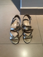 Used Nine west glitter sandals size 8.5M in Dubai, UAE