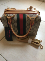 Used Ladies purse in Dubai, UAE