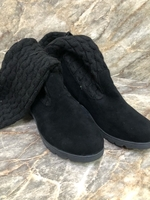 Used wool boots 🥾 35Size brand new in Dubai, UAE