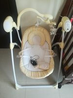 Used Automatic baby swing chair in Dubai, UAE