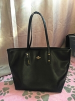 Used Preloved Coach Tote Bag-Authentic 100%!! in Dubai, UAE