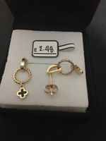 Used earrings with 2.48 grams in Dubai, UAE