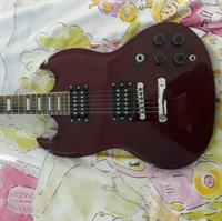 Used New Electric Guitar  in Dubai, UAE