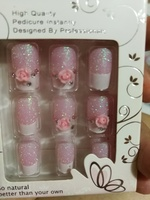 Used 4 sets of new artificial nails in Dubai, UAE