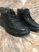 Used Men's shoes brand new 38size in Dubai, UAE