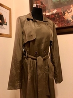 Used CREENSTONE English luxury trench  in Dubai, UAE